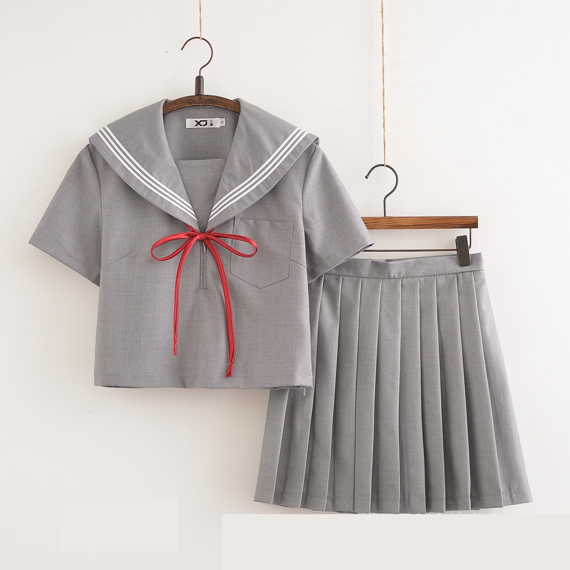 Traje de estudiantes japoneses de Corea, uniforme escolar para niña, Falda plisada de manga corta, traje de Color gris, ropa de Cosplay, uniforme marinero