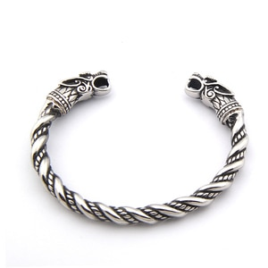 alloy wolf bangle customs order for Pluto