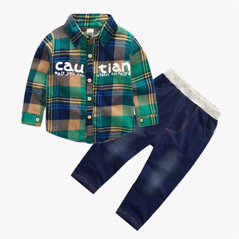 Meninos do bebê primavera e outono conjuntos de roupas cavalheiro xadrez carta topos + calças de cowboy 2 pçs terno para crianças roupas de algodão