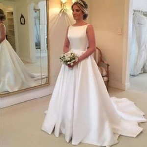 Elegant Satin White Wedding Dresses 2019 With Sexy Backless Formal Long Sweep Train Bridal Gowns Formal New Vestido de noiva