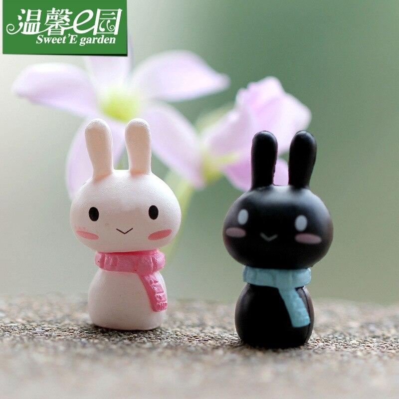 2 uds bufanda blanca y negra muñeco de juguete conejito amantes adornos conejo microadornos para paisajismo