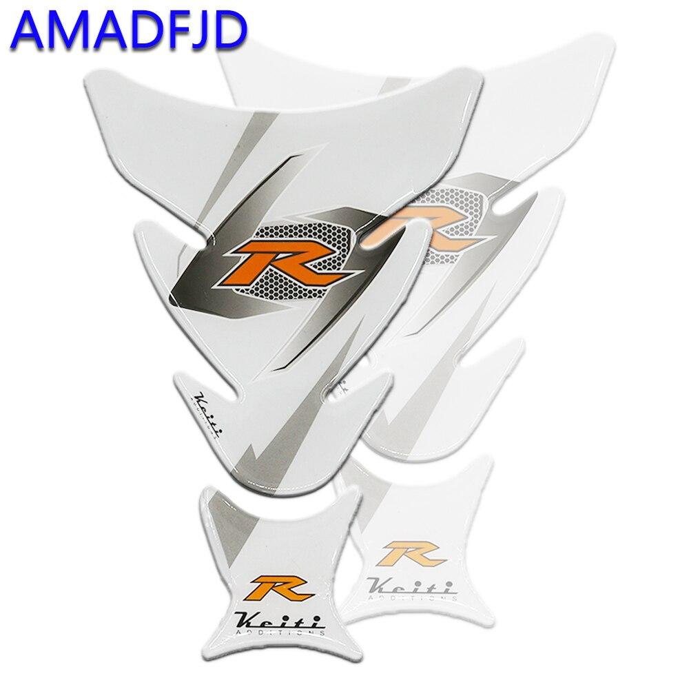 Etiqueta engomada del tanque de la motocicleta de AMADFJD Logo 3D R pegatinas blancas del Tankpad en la almohadilla del tanque de la motocicleta