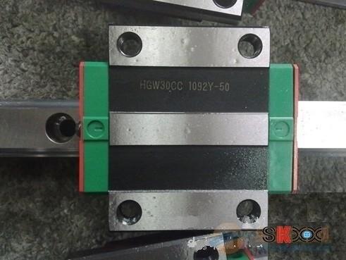 100% حقيقي hiwin دليل خطي كتلة HGW65CA ل تايوان