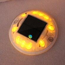 360 องศาสีขาวเปลือกพลาสติกรอบรูปร่างสีเหลือง LED กระพริบแสงแนวนอนพลังงานแสงอาทิตย์แผนที่ stud