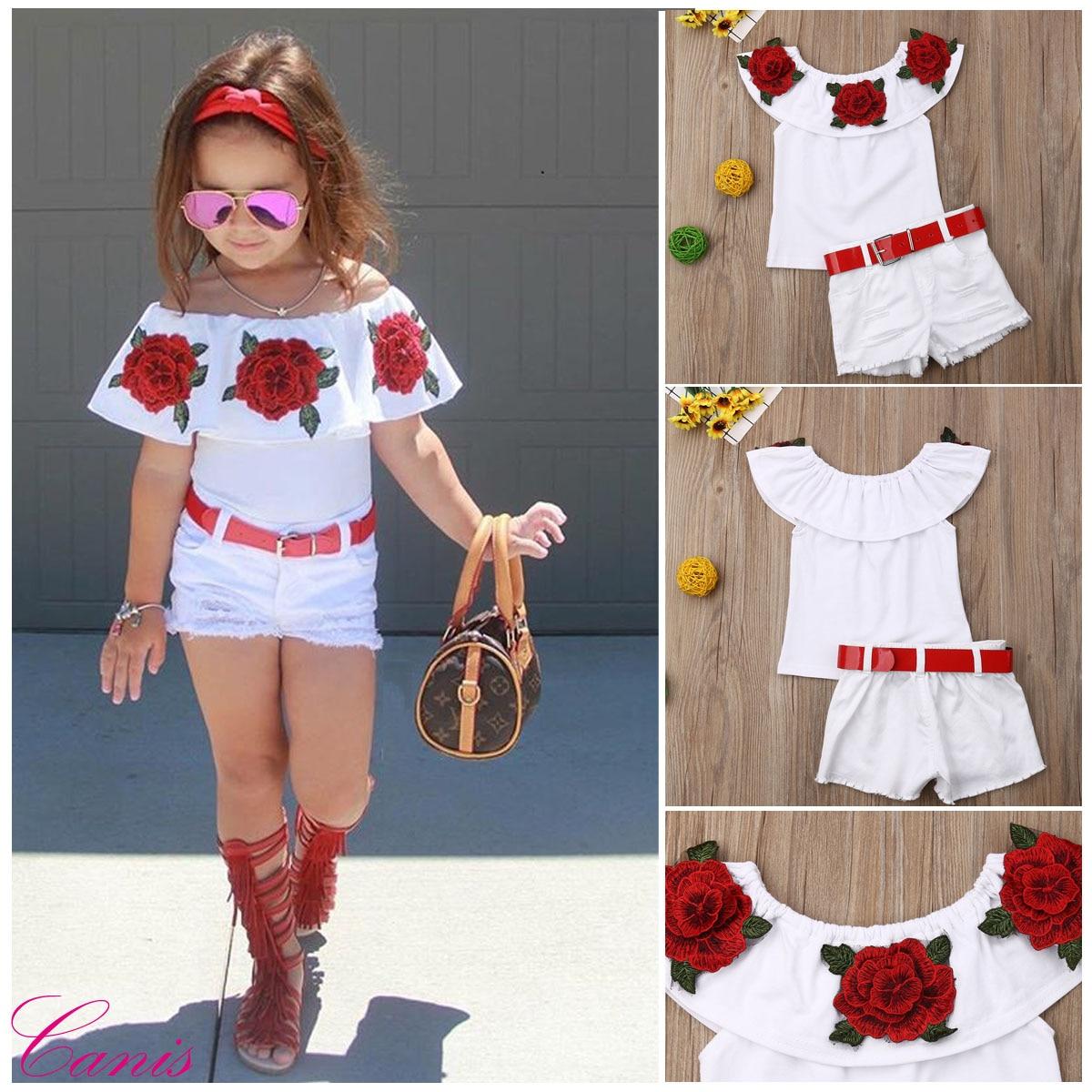 Одежда для маленьких девочек, топы с оборками и открытыми плечами и цветочным принтом + джинсовые рваные шорты, комплекты из 2 предметов, летняя одежда