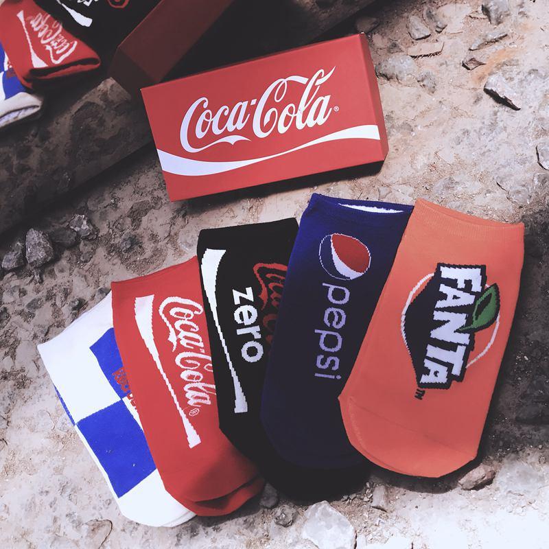 5 pares de calcetines de algodón en caja de regalo Ins Hot street hip hop skateboard algodón barco calcetines super fire drink boat Calcetines chic calcetín resbaló