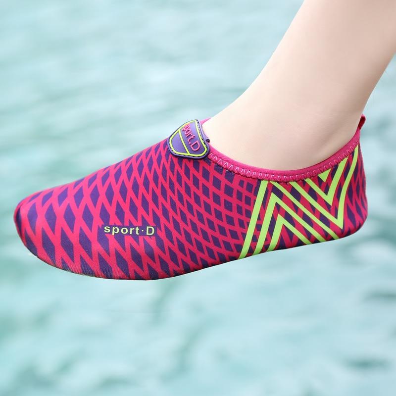 Weweya 2020 Walking Aqua Shoes For Women Children Soft Barefoot Wading Diving Socks Sneakers Fitness Water Shoes Fishing Sandals