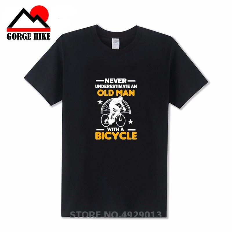 Camiseta de manga corta A la moda para hombre, nunca subestime A un viejo en una bicicleta 2019, camiseta divertida con Logo de banda para hombre