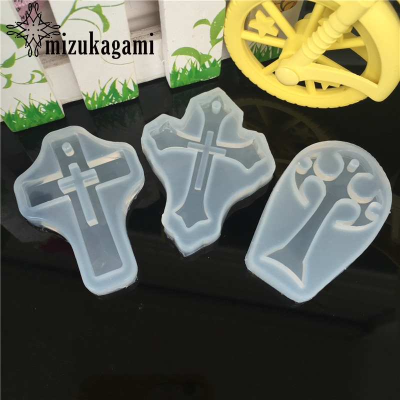 1pcs UV Resin Jewelry Liquid Silicone Mold Cross Pendant Resin Charms Molds For DIY Intersperse Decorate Making Jewelry 1pcs uv resin jewelry liquid silicone mold christmas snowflake resin charms molds for diy pendant jewelry making finding molds
