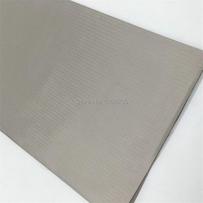 Клетчатая ткань с защитой от электромагнитных волн и излучения