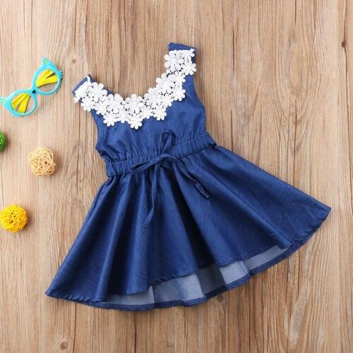 Платье для маленьких девочек, кружевное, с цветочным принтом, из джинсовой ткани, с открытой спинкой, для вечеринок, без рукавов, милое платье, сарафан