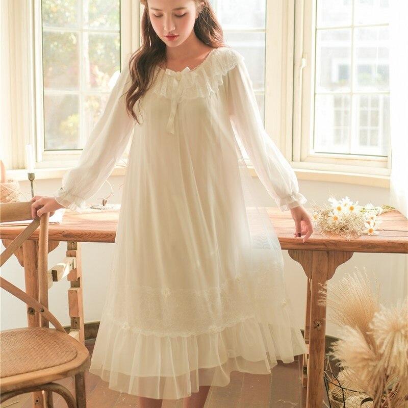 2019 Primavera Outono Branco Camisolas Longas Para Mulheres Elegantes Do Laço Do Vintage Doce Princesa Sleepwear Solto Roupa Outono de 8173