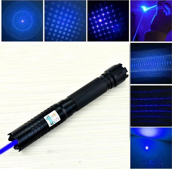 Punteros láser azul de alta potencia 50000 m 450nm linterna que combina con la quema/madera seca/vela/cigarrillos + 5 tapas + cargador + caja de regalo