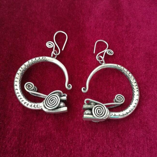 Guizhou Yunnan Minority Wind Jewelry Vintage Court Earrings Handmade Miao Silver Personality Faucet Earrings