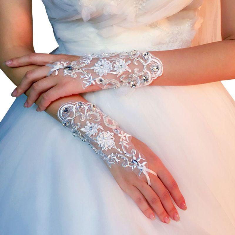 Guantes cortos de encaje de verano hechos a mano con diamantes de imitación, accesorios de vestido de novia para mujer