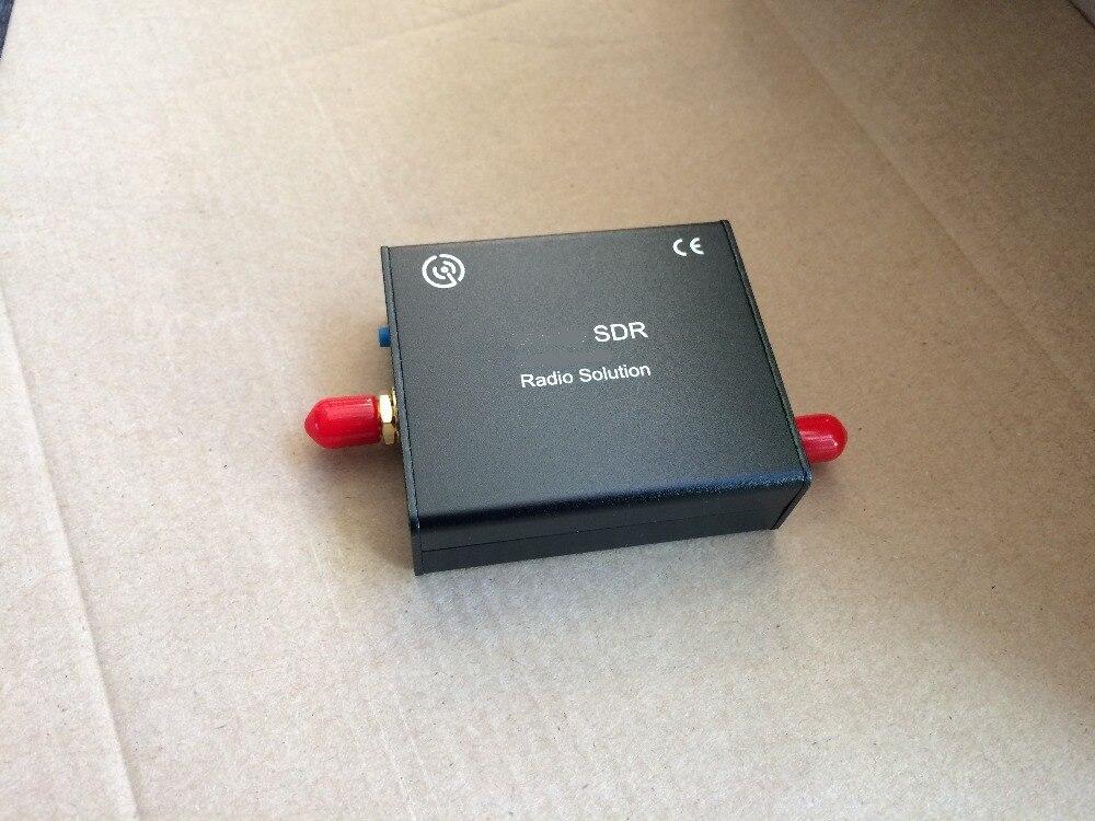 Широкодиапазонное радио 12 бит ADC 24-1700 МГц VHF/UHF/SHF TCXO 2PPM SDR-радио HDSDR, GQRX и GNU радио лучше, чем Airspy R2