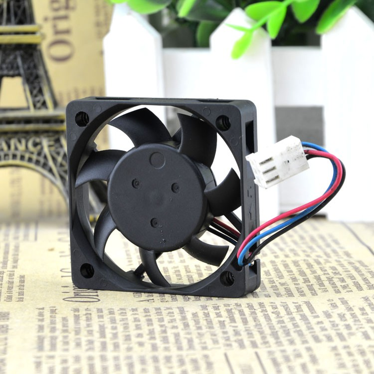 Free Shipping Delta EFB0512MA 5010 5cm 12V 0.12A three wire speed axial cooling fan