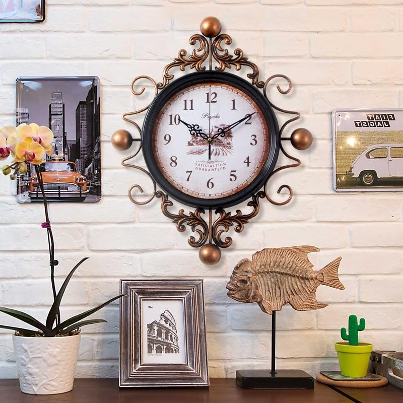 Large Retro Digital Metal Wall Clock Home Decor Iron Wall Clock Antique Style Home Big Hanging Morden Design Watch Clock