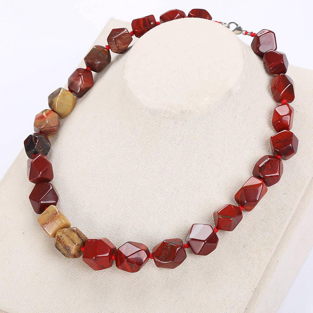 Naturaleza jaspe rojo Irregular cristal símbolos piedra clásica Reiki curación corazón joyería de ágata Collar corto hombres mujeres joyería