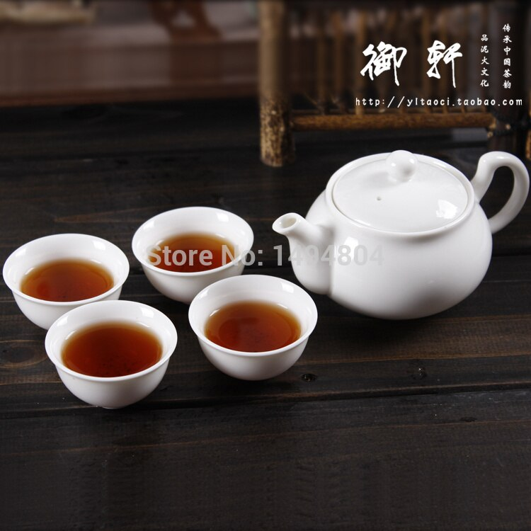 Gran oferta 2019 tetera China Gaiwan 5 piezas (1 tetera + 4 tazas de té) tetera Yixing juego de té Kung Fu hecho a mano de porcelana cerámica