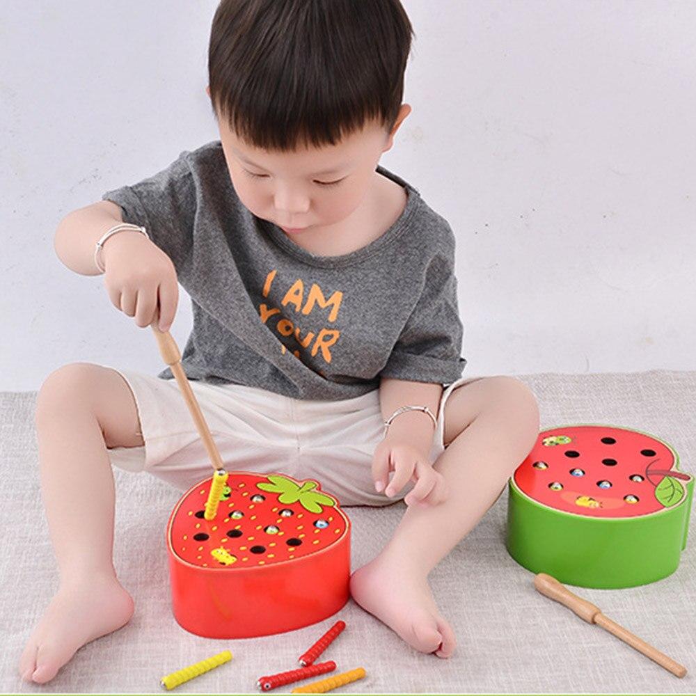 Rompecabezas 3D juguetes de madera para bebés juguetes educativos para primera infancia atrapar gusano juego Color cognitivo fresa habilidad de agarre divertido
