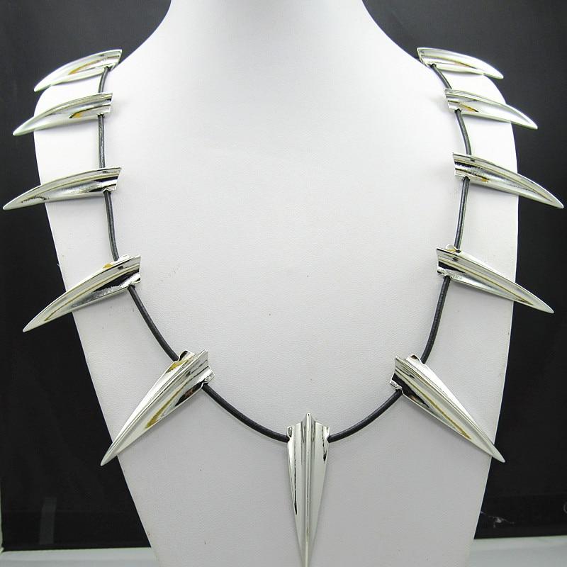 Nueva Pantera Negra los Vengadores collar rey Wakanda T'Challa Pantera Negra Halloween regalo collar Cosplay