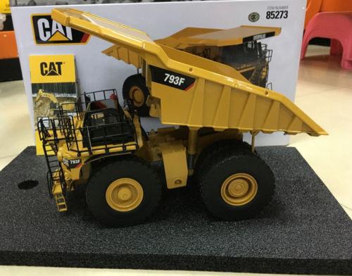 Oruga CAT 793F, camión minero a escala 1/50, modelo de Metal de DieCast Masters DM85273