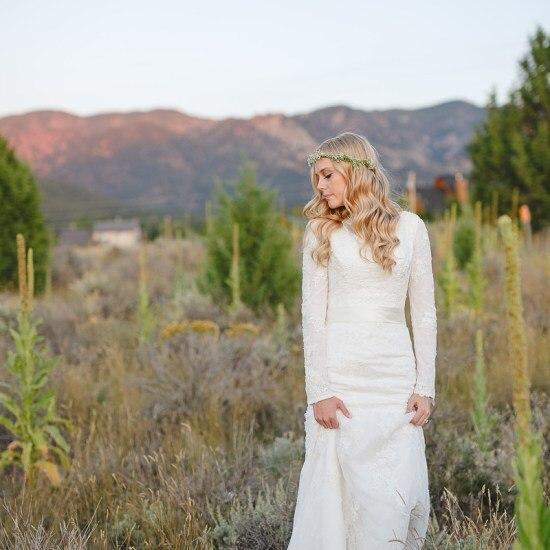Recién llegado Apliques de encaje Vintage 1950s vestidos de novia modest con mangas largas de cuello alto sirena modestos vestidos de novia