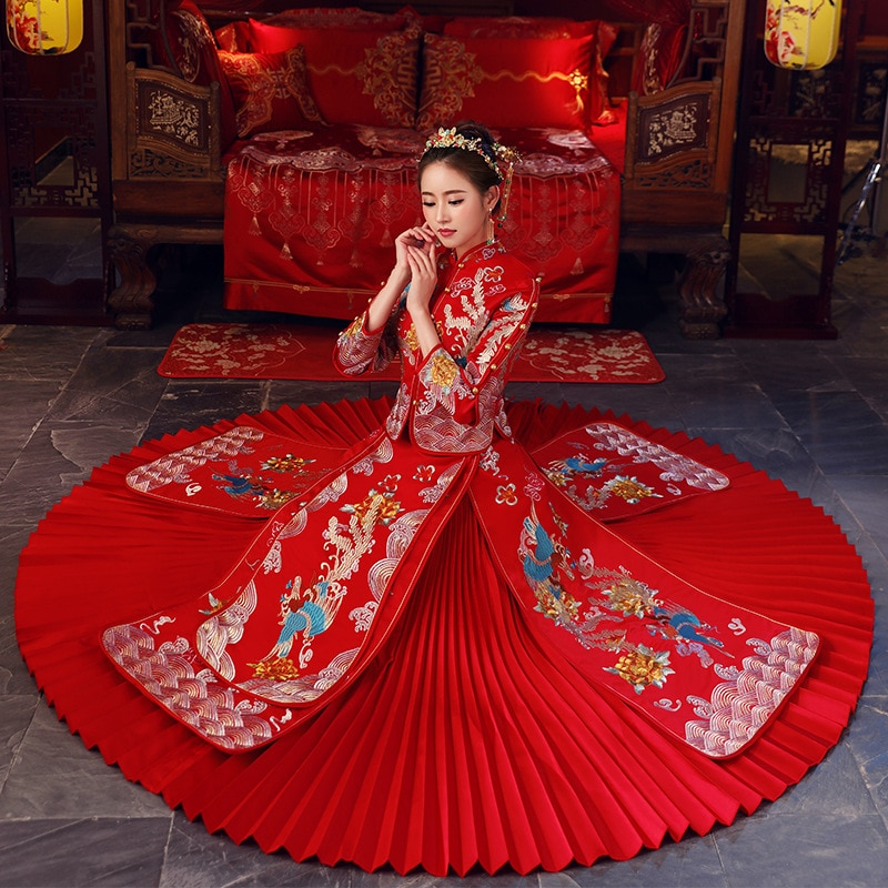 Red bride cheongsam Vintage chinese style wedding evening dress Embroidery Phoenix Qipao clothing Vestidos