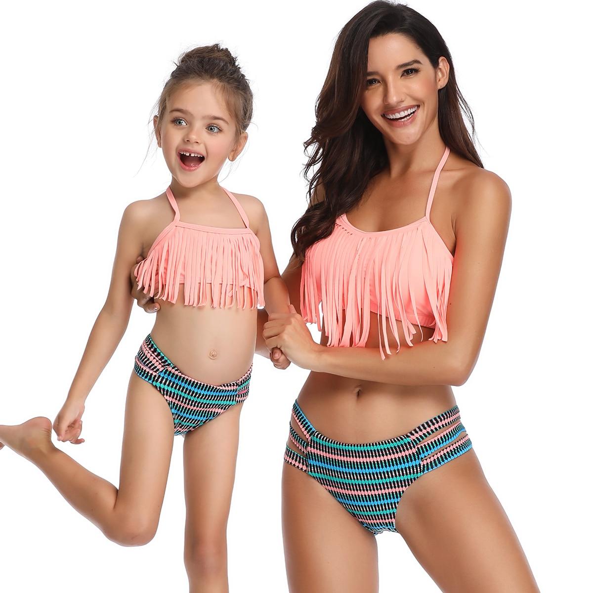 Gran oferta de traje de baño para mamá y yo de estilo Halter con flecos, conjunto de Bikini de color rosa liso, bañador combinado familiar, bañador cortado para madre e hija