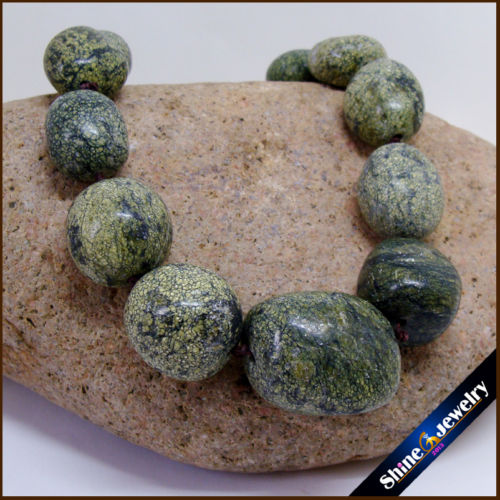 Piedra Natural Diy babero collar verde ruso serpentina Irregular graduado cuentas sueltas hilo de moda gran oferta joyería para las mujeres
