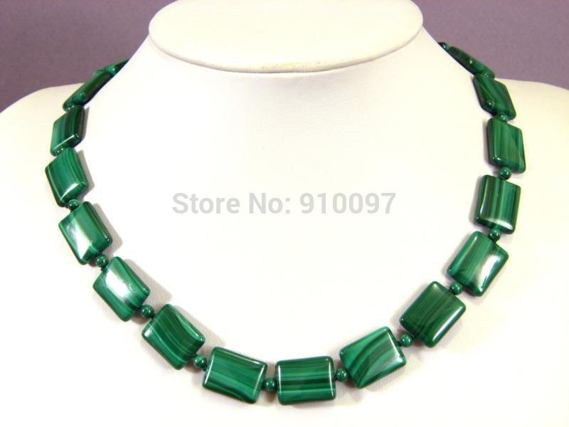 "Envío> 13x18mm rectangular collar de verde malaquita vintage 18 ""AAA + Q"