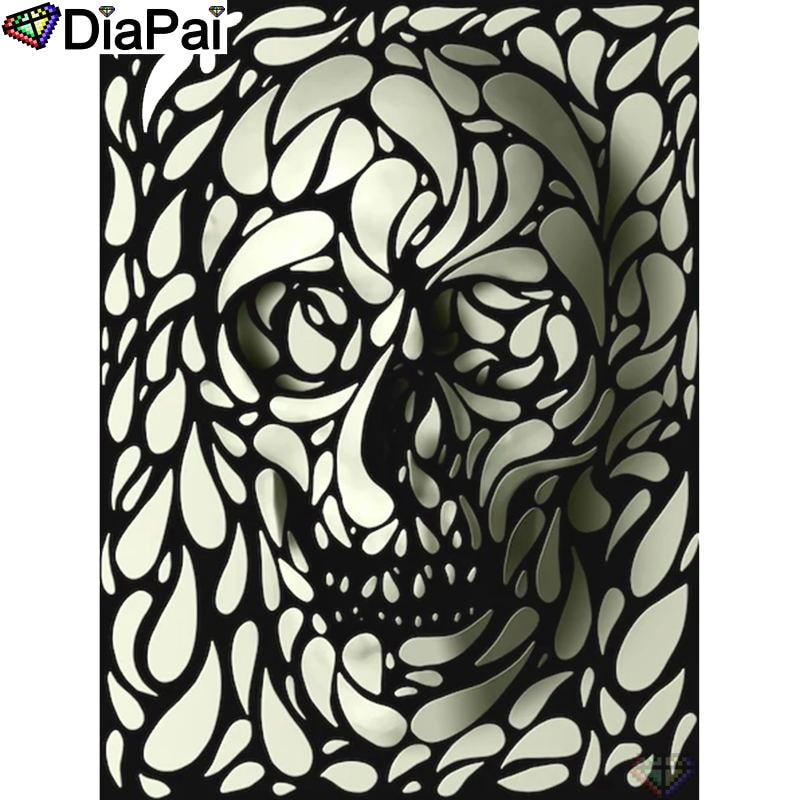"DIAPAI 100% Full Square/Round Drill 5D DIY Diamond Painting ""Black white skull"" Diamond Embroidery Cross Stitch 3D Decor A18576"
