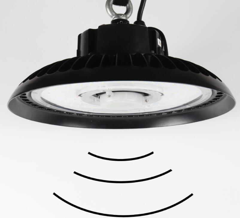 Sensor de Micro onda con control remoto inteligente 200W UFO luz LED para techo alto para garaje de almacén de fábrica