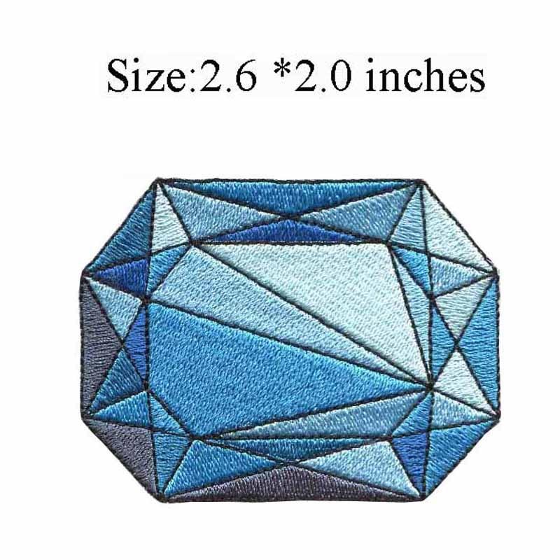 Со светло-голубым камнем 2,6