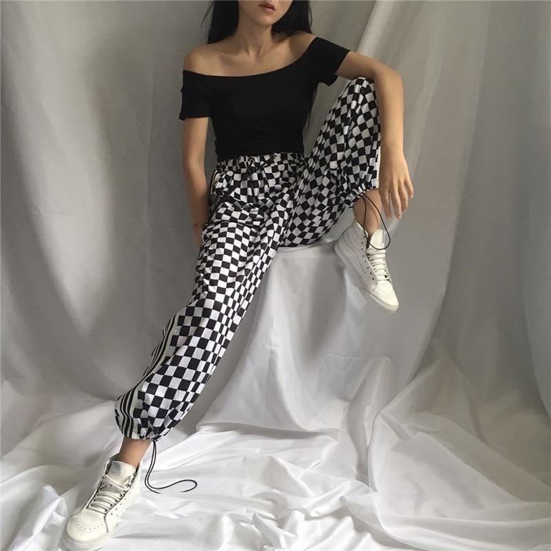 Женский маленький квадратный галстук Харадзюку с полосками с обеих сторон, широкие брюки с вертикальными полосками, Повседневная пуговица для женщин, 2020