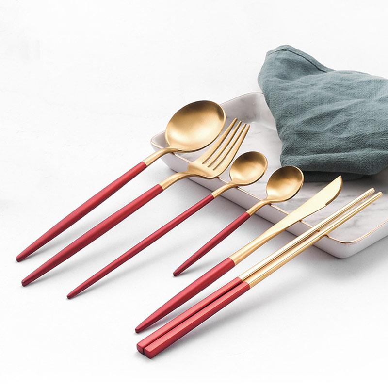 ¡Novedad de 2020! Vajilla roja dorada, cubertería occidental, cuchara, tenedor, cuchillo, palillos, vajilla, juego para alimentos, fondos de utilería de fotografía