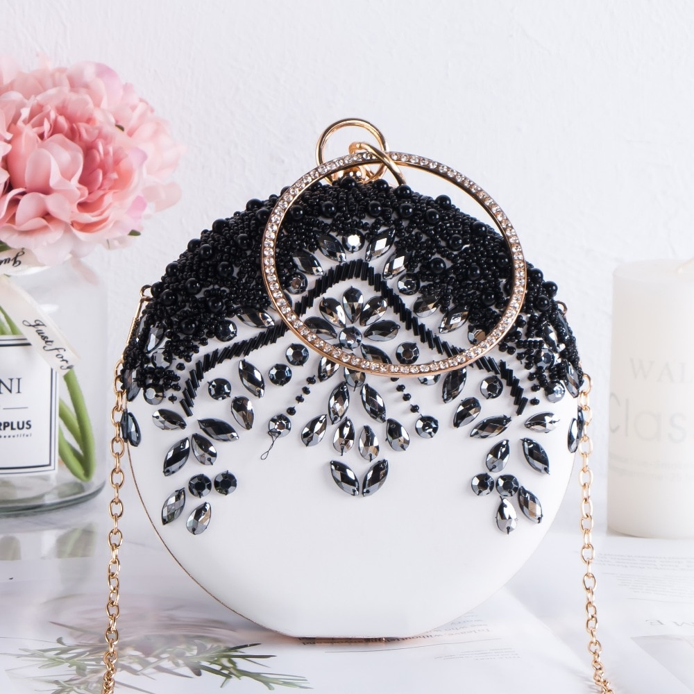 Femmes de luxe fête mariage perles rondes sacs de soirée Vintage diamant cristal fleur noir blanc jour embrayages avec chaîne en or