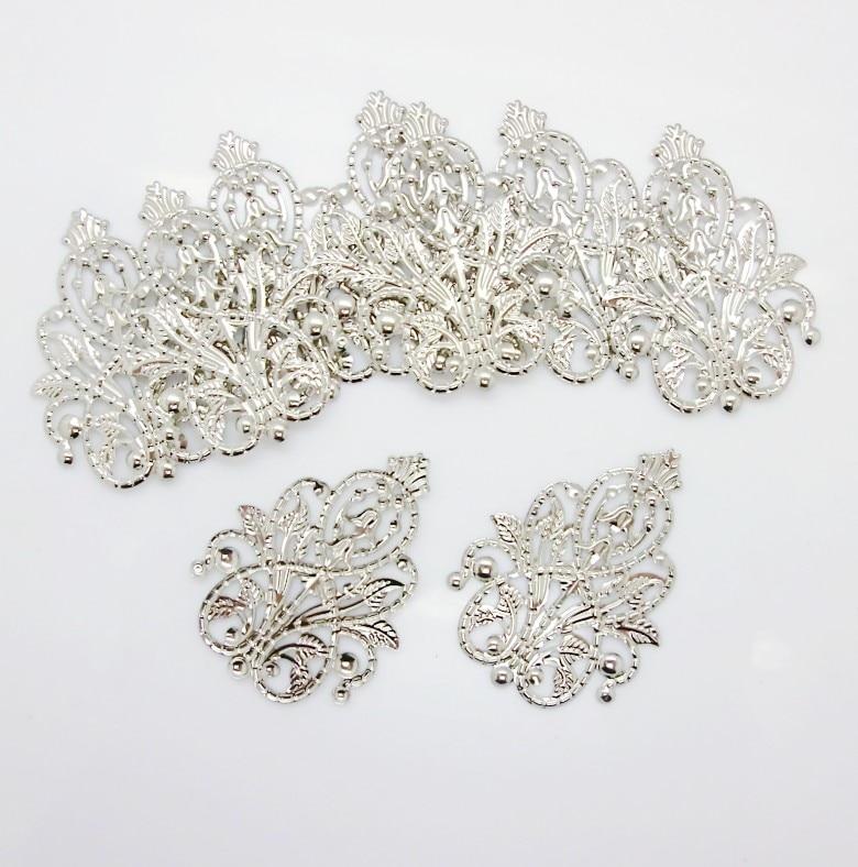 30Pcs Silver Tone Filigree Wraps Flower Connectors Metal Crafts Gift Decoration DIY Findings 4.8x3.5cm j0560