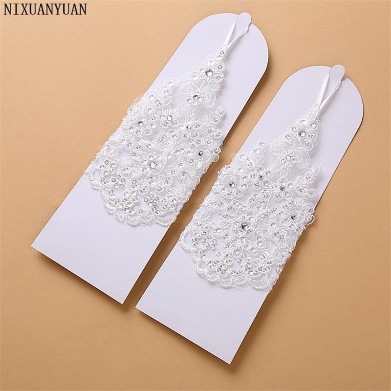 Elegáns gyöngyös csipke szatén rövid menyasszonyi kesztyű, - Esküvői tartozékok - Fénykép 2