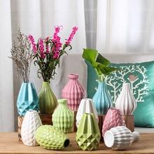 Modern Fashion Ceramic Flower Vase European Home Decoration Small Ceramic Vases Wedding Home Decoration Tabletop Handmade Vase