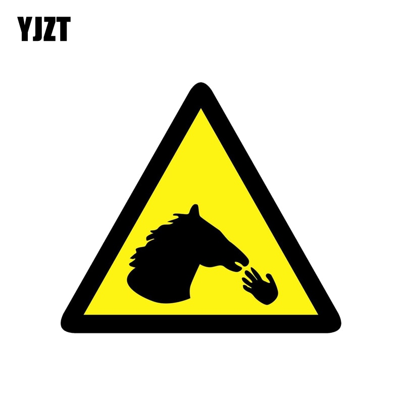 YJZT 13,8 CM * 12,4 CM precaución no alimentar los dedos al caballo pegatina PVC para coche Etiqueta de peligro 12-1372