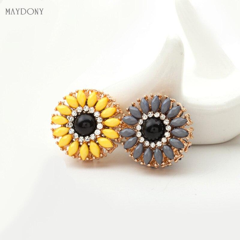XT48 flower fashion headwear scarf magnet brooch hijab clips