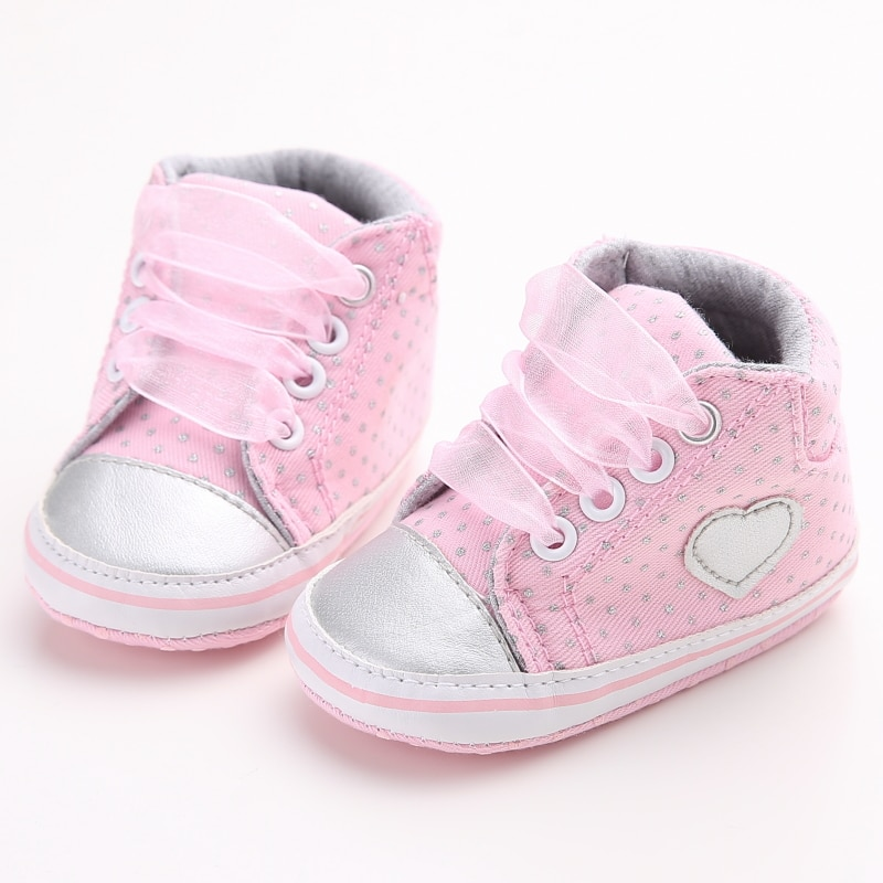 Delebao, amor gris, diseño de corazón, zapatos para bebé recién nacido, puntos grises con cordones, zapatos para bebé niña