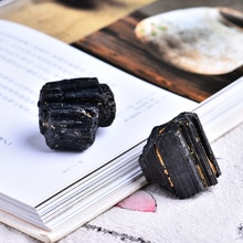 2 pc naturel noir tourmaline tourmaline réparation minerai peut être utilisé pour la maison décoration BRICOLAGE cadeau cokkection livraison gratuite