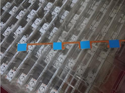NEW LED backlight bar strip for KONKA KDL48JT618A KDL48JT618U KDL48SS618U 35018539 35018540 6 LEDS(6V) 442mm enlarge