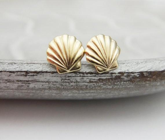1Pair Seashell Stud Earrings Sea Clam Shell Earrings Nautical Ariel Mermaid Studs Conch Earrings For Beach Party