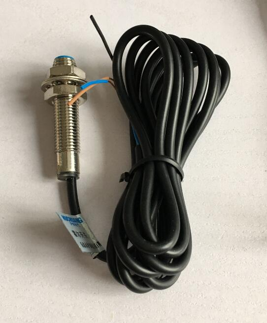 NJK-5001A Магнитный индукционный датчик приближения переключатель датчика Холла M8 DC5-30V 3 провода PNP NO 8 мм расстояние