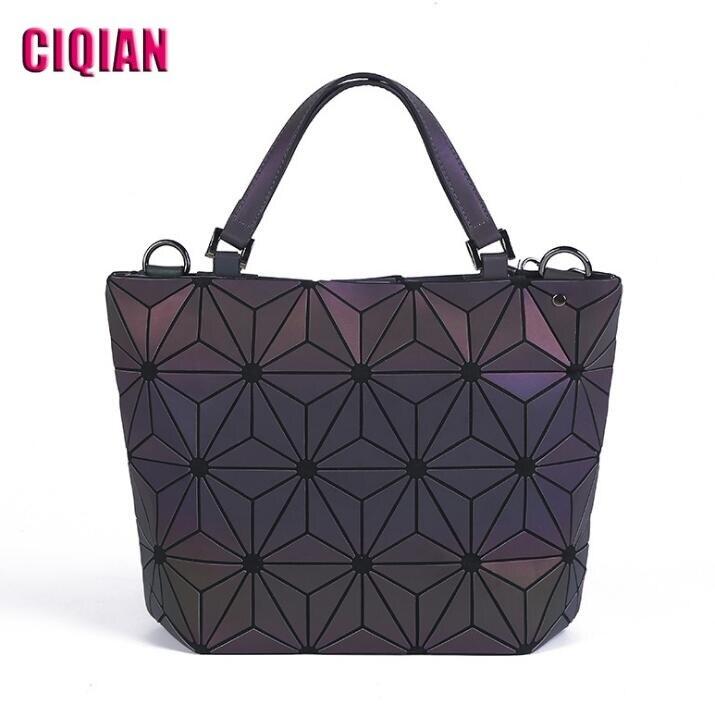 Bolso luminoso para mujer, bolso geométrico sencillo con láser, bolso de hombro plegable informal con holograma para adolescente, envío gratis, 2020