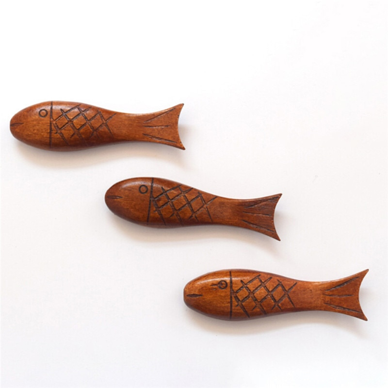 Nuevo palillo chino de madera Natural Visual Touch, soporte para palillos en forma de pez, soporte para cuchara, marco de arte, herramientas de cocina